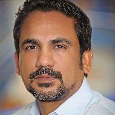 Rahoul Roy headshot